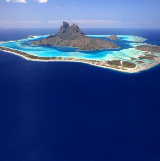Viajar a Polinesia -   SOCIEDAD Y TUAMOTU